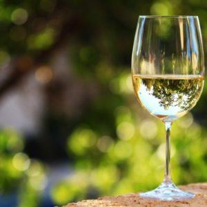 Виное белое